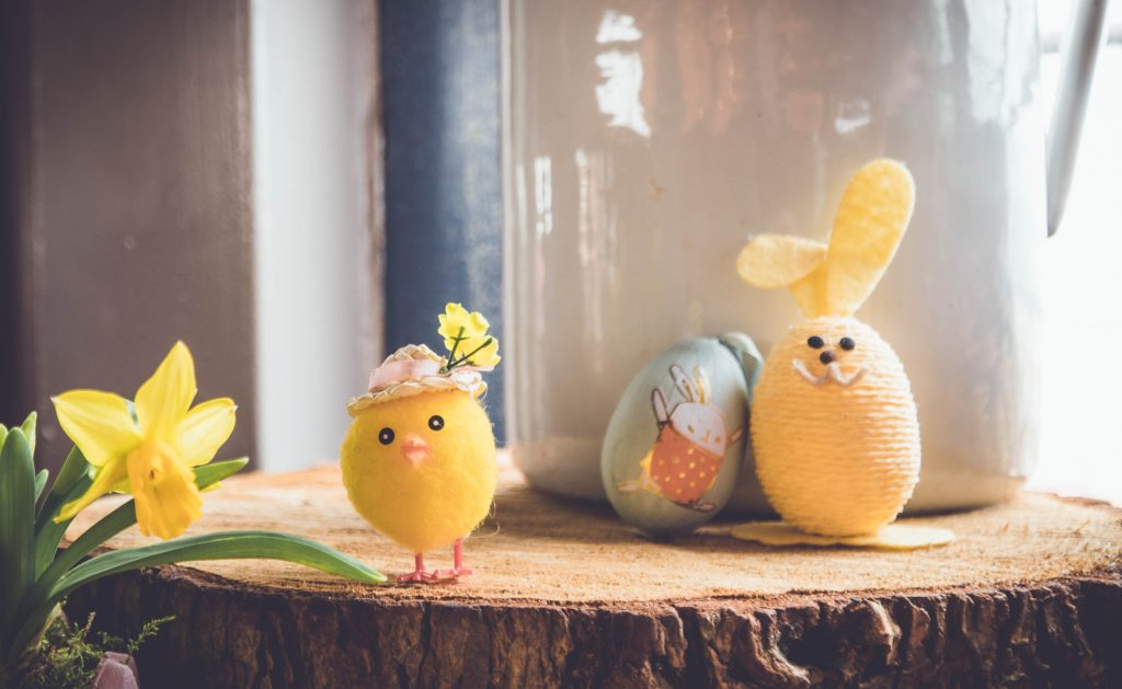 Easter is near - Here are some DIY craft ideas