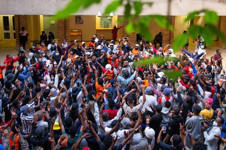 UCT students start occupation to protest financial exclusion