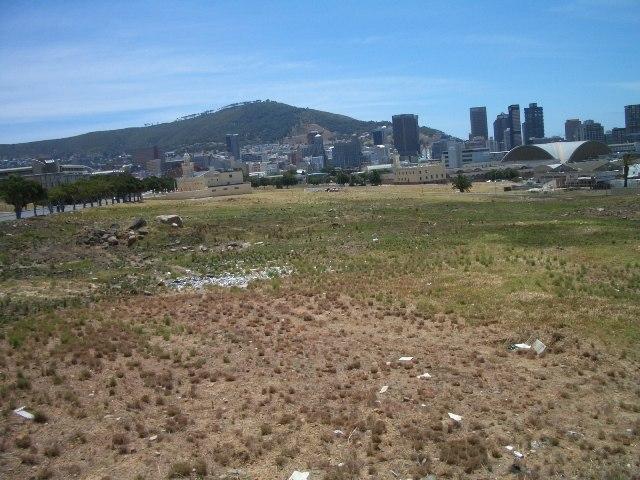 City get an interdict against illegal District Six land occupants