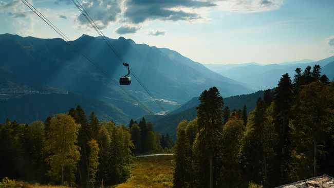 Three suspects arrested for cable car fatalities, Italy