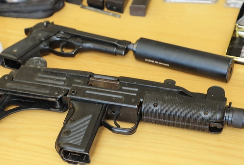 Anti-Gang Unit confiscates firearms and drugs in Kensington