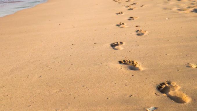 Hero of the homeless: SA man to run 90km barefoot for shelter
