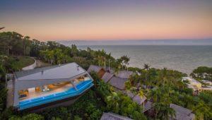 Luxurious Villas around the world Airbnbs