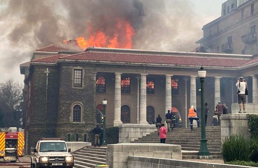 UCT_Table Mountain Fire