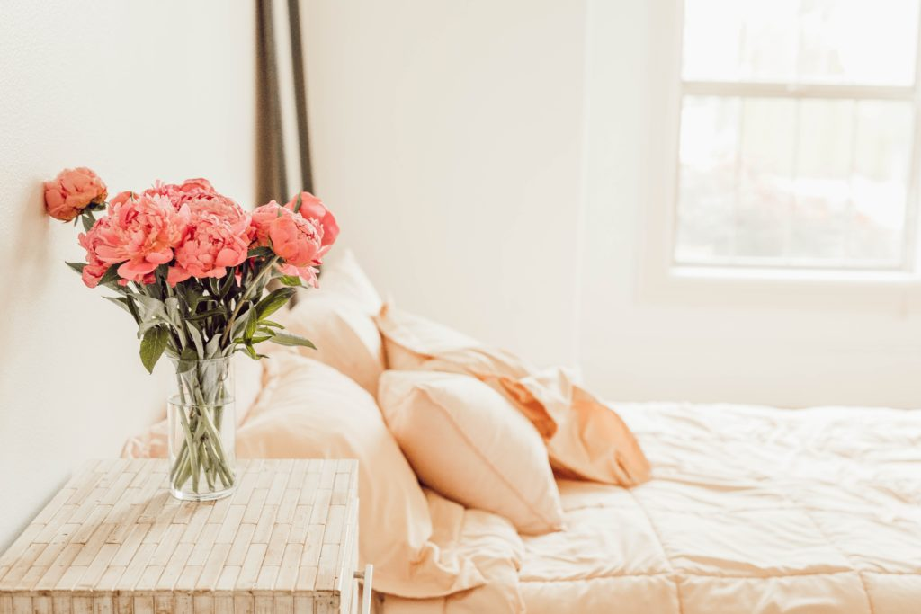 Simple ways to transform your bedroom into a calming oasis