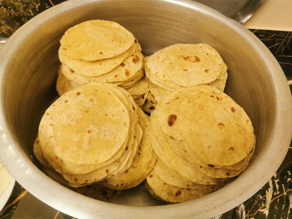 Mandela Youth Centre in KwaZulu-Natal rolls out 500 rotis to feed community