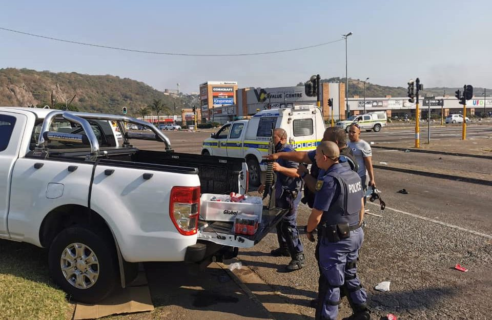 Local Businessman hydrates SAPS