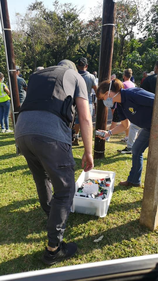 Local Businessman hydrates SAPS_2