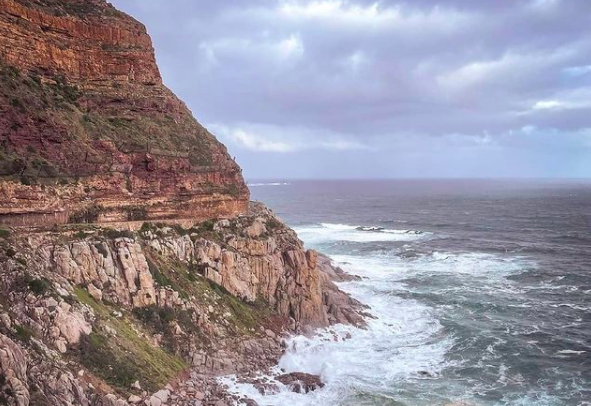 Chapman's Peak Drive is closed due to high risk weather
