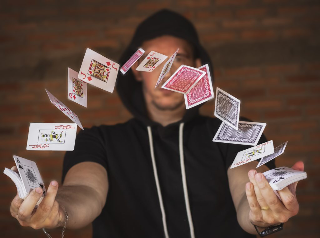 Cape Town magician creates online magic for the National Arts Festival