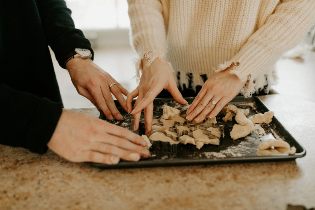 4 Ways to spice up a date night indoors