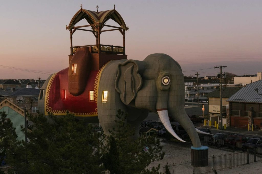 5 Of the weirdest and most wonderful listings on Airbnb