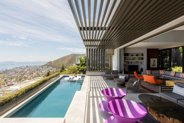Cape Town Luxurious Property_Outside