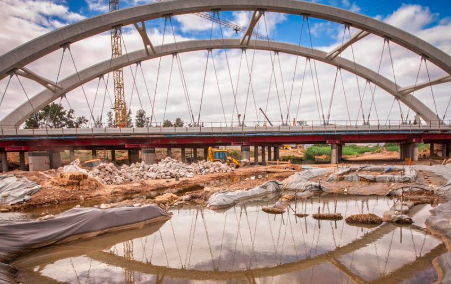 New Ashton Arch Bridge unveiled in the province
