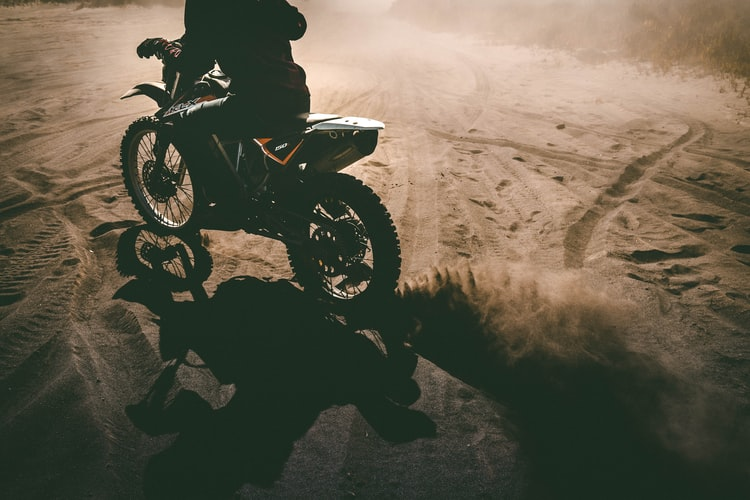 Moving from asphalt to dirt: bike safety tips to keep in mind