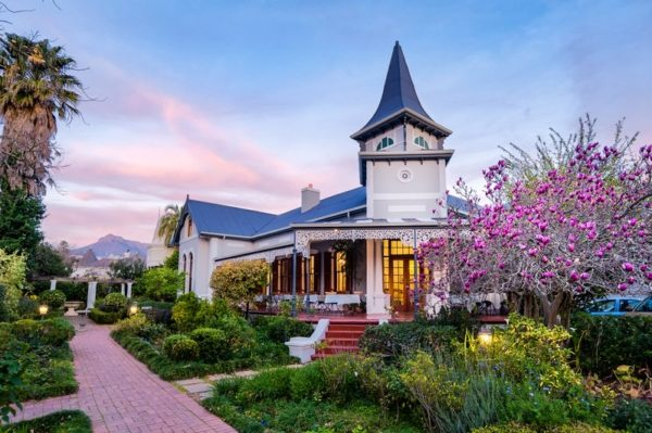 Accommodation to stay at for Heritage Day