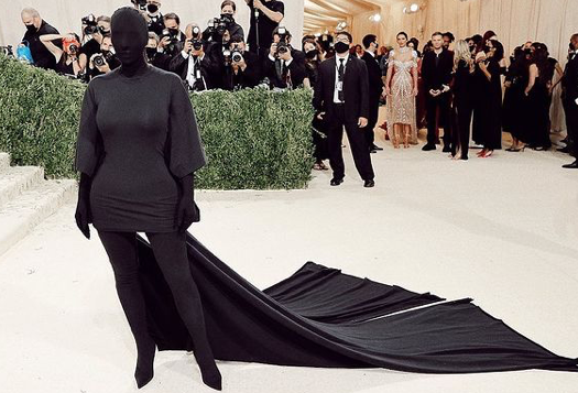 Kim Kardashian's Met look, a conspiracy theory of messages