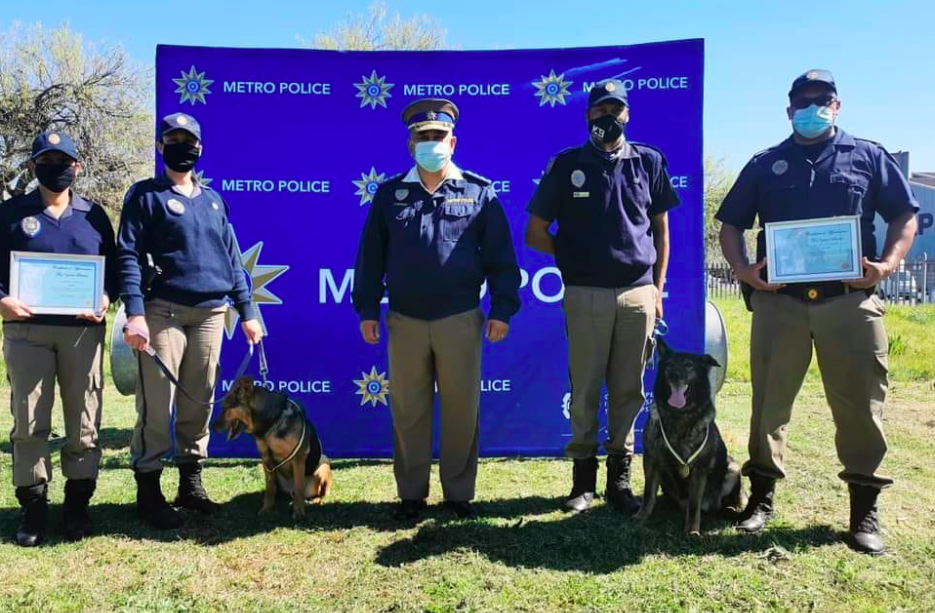 Two Metro Police K9 officers retire after eight years on duty
