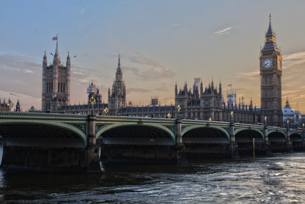 UK government keeps South Africa on Red List for travel