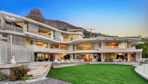luxury fresnaye property Cape Town