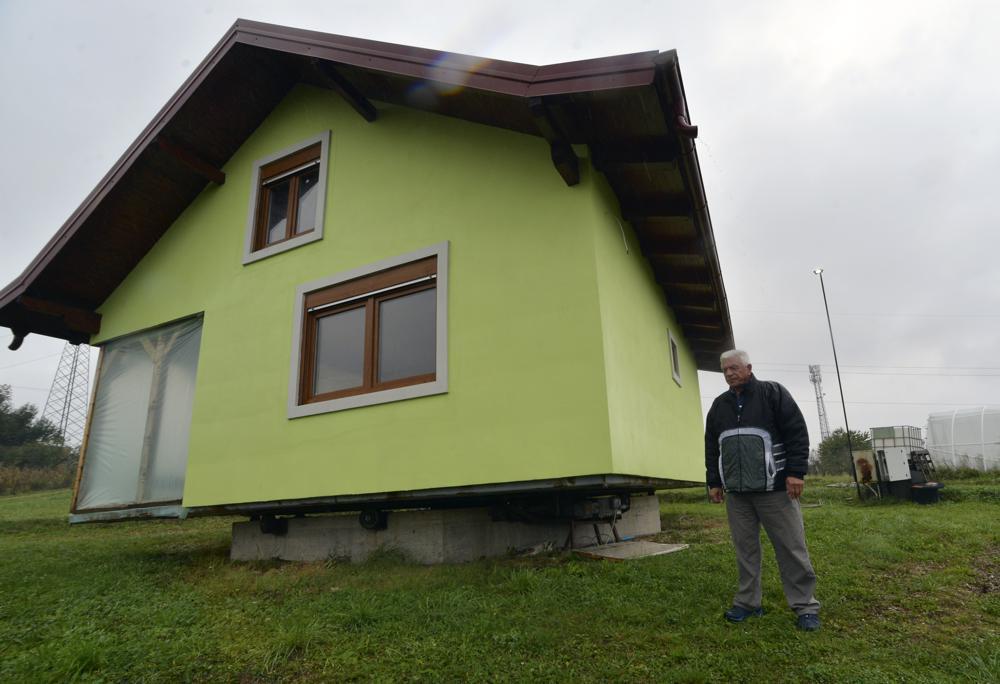bosnian man builds rotating house